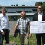 Unsere Volksbank eG spendet 12 Computer an Grundschule Nonnweiler