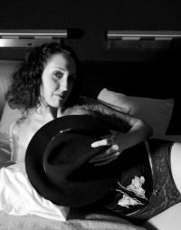 Kristen Film Noir, Under the Fedora