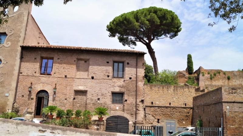 die typischen Bauten im alten Rom