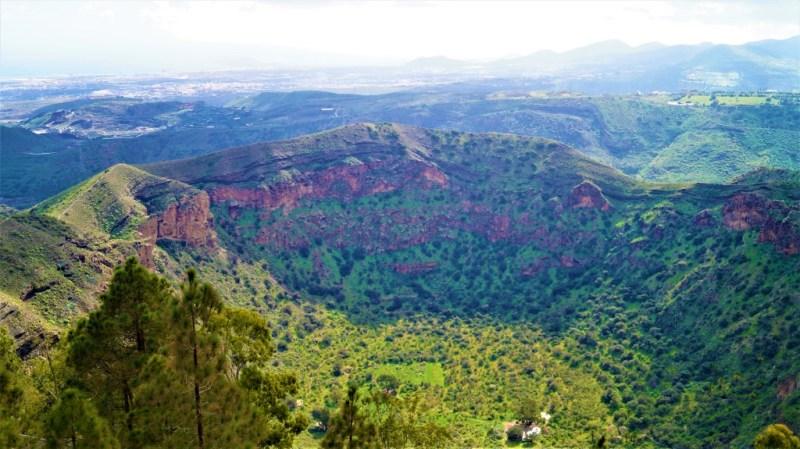 Vom Pico de Bandama sehen wir den Bandama Krater in voller Schönheit