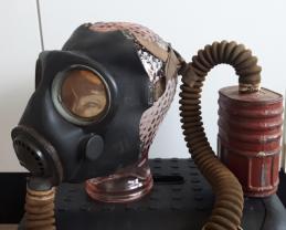 Canadian gasmask no4 mark 3