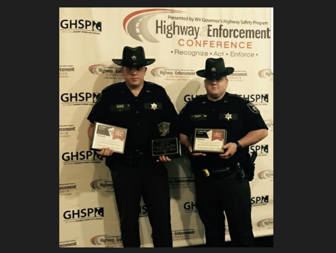 Two Fayette County Deputies Recieve Awards WOAY TV