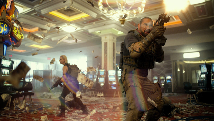 """Ward and """"The Coyote"""" Battle the Zombie Horde on the Casino Floor in Army of the Dead"""