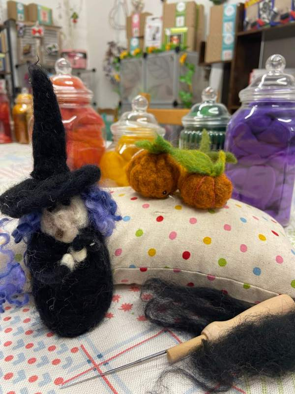Needle felted witch and pumpkins