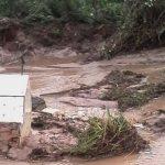 Wassermassen zerstören Friedhof