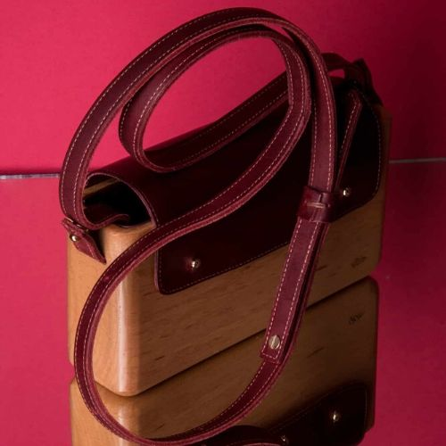 The Wagbag : Hêtre cuir bordeaux