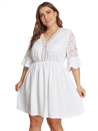 XL-4XL Big Size Lace Half Sleeve Dress Women Casual Solid White Beach Dress 19 Summer Sexy V-neck Hollow Out Mini Dresses