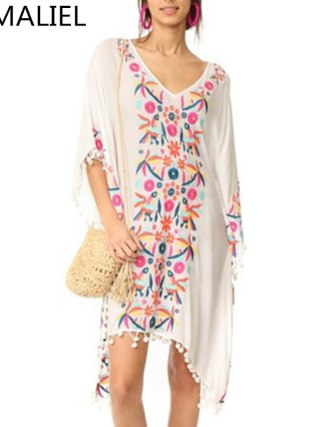 Bohemia Holiday Beach Dress 18 Embroidery Flower White Ball Tassel Cotton And Linen Half Sleeve Loose Asymmetrical Dress