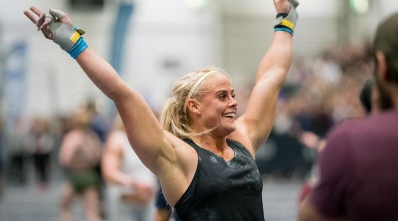 Sara Sigmundsdottir at the 2019 CrossFit Strength in Depth Sanctional. Photo courtesy of WOD and PIX