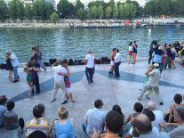 Tänzer an der Seine