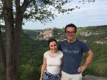 Verliebtes Pärchen vor Rocamadour
