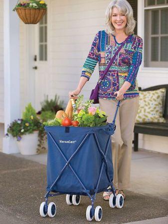 жена с количка за пазаруване