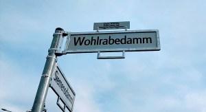 Straßenschild Wohlrabedamm