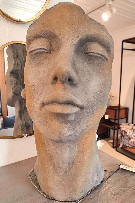 """Steinguss Skulptur, Gesichter """"Mann & Frau"""", 50 cm hoch, mit Rosteffekt"""