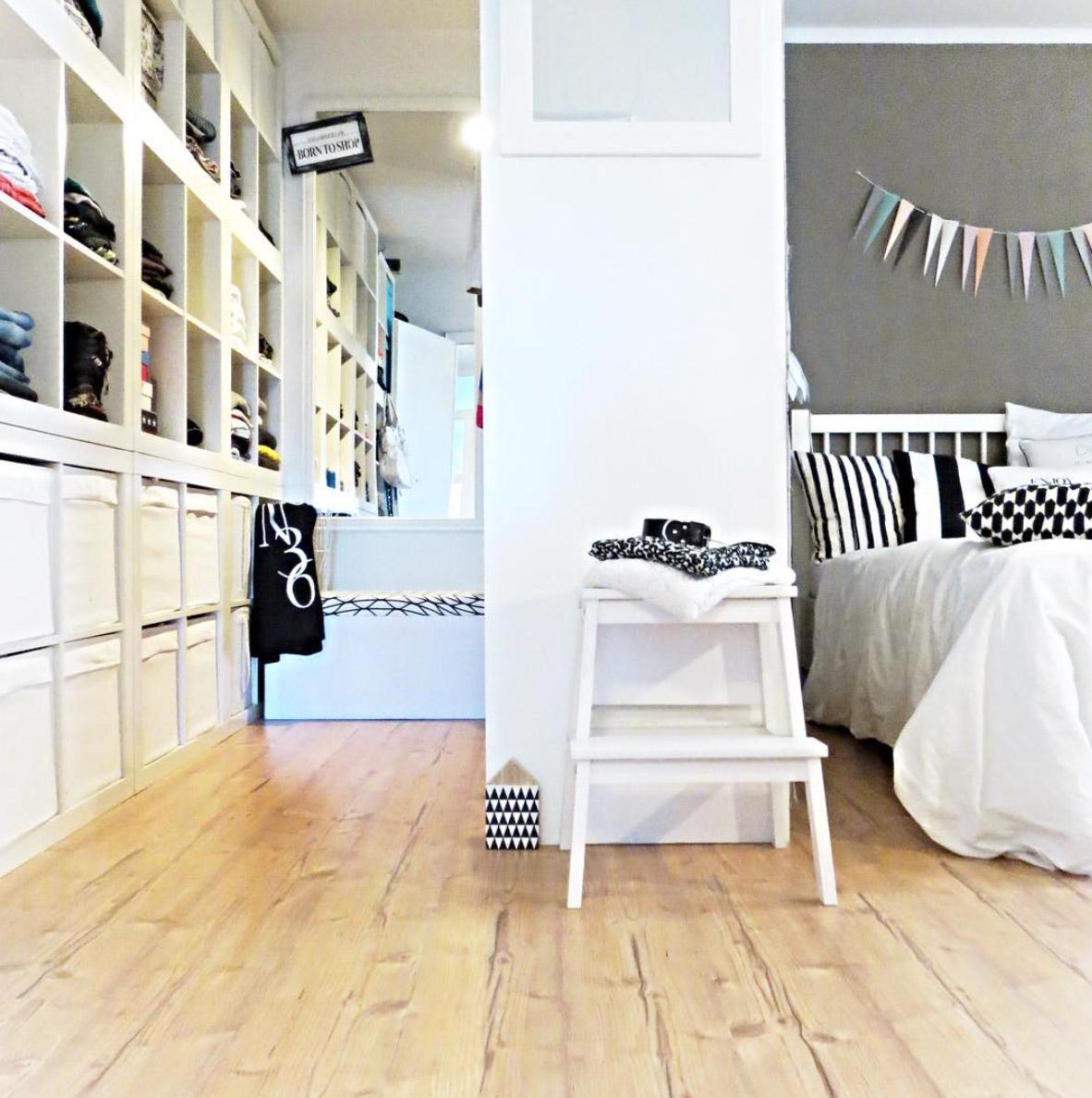 Wohnzimmer Platzsparend Einrichten Der Kompakte Beistelltisch Im