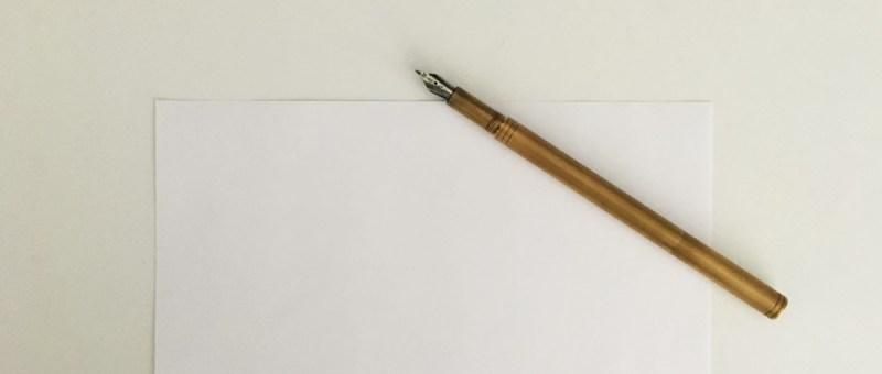 Foto Füller aus Messing auf Papier
