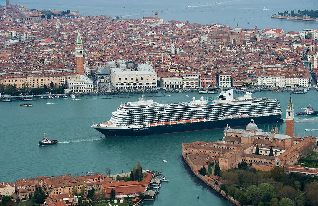 ¿Debemos parar de viajar en cruceros?