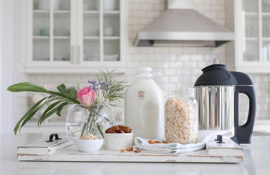 Almond Cow: leche de almendras (o lo que quieras) en casa
