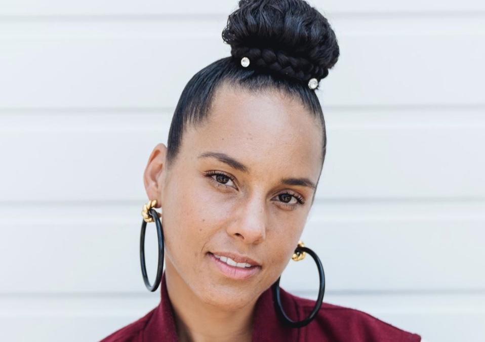 Alicia Keys y e.l.f. Beauty lanzan marca de maquillaje libre de crueldad animal