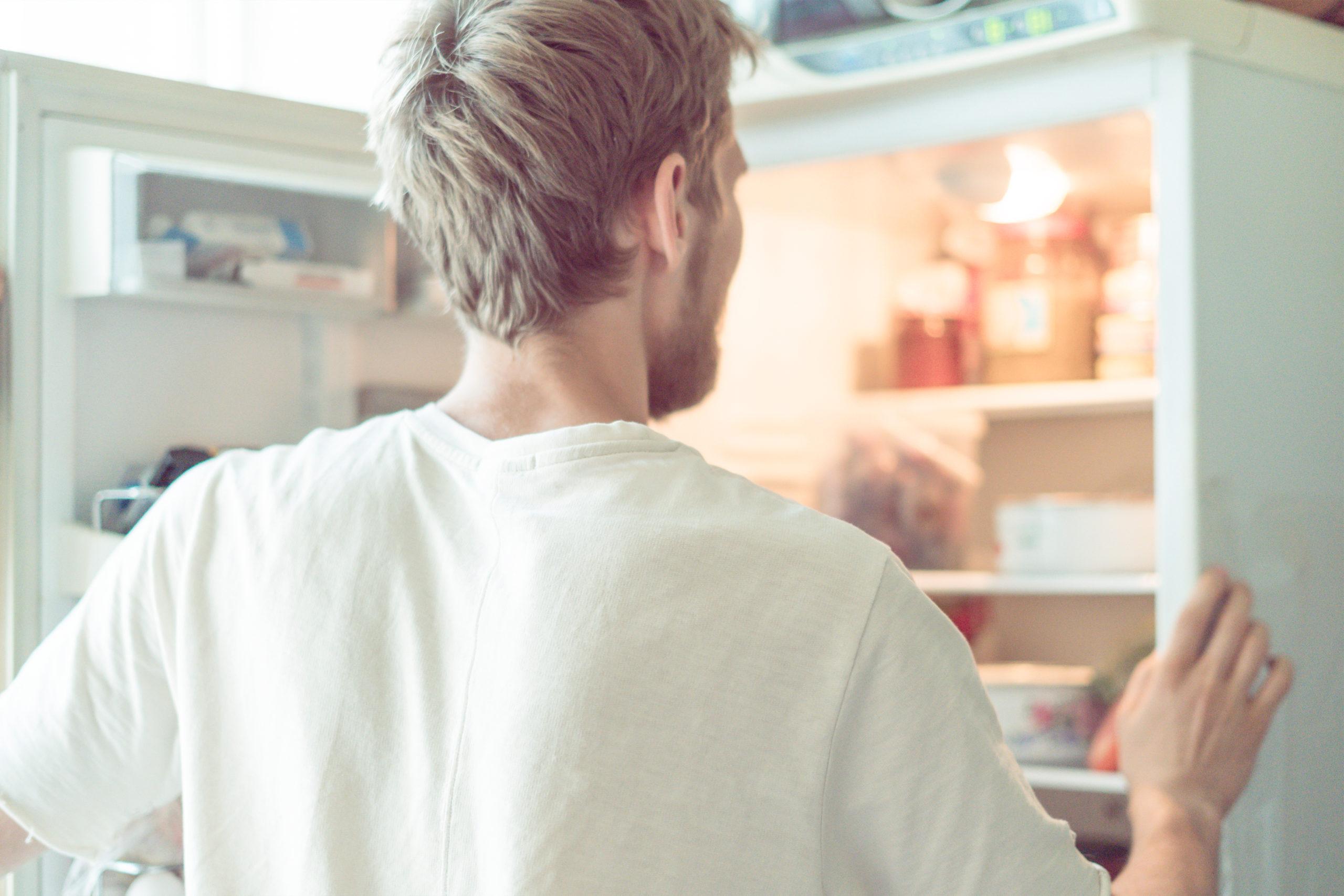 Estos alimentos deben ir en el refrigerador sí o sí (y estamos seguros de que no lo sabías)