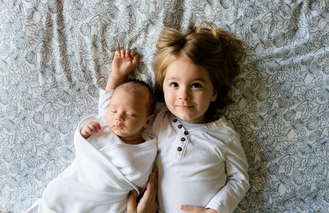 Beneficios científicamente comprobados de tener hermanos