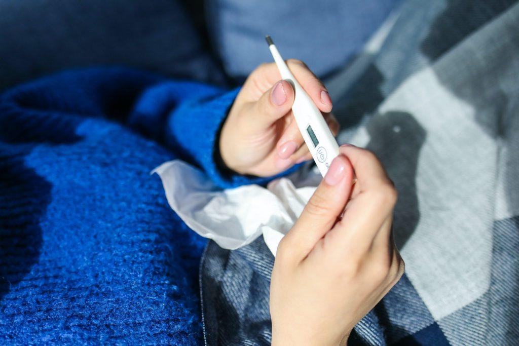 ¿Cómo saber si tienes Covid-19, influenza o gripe?