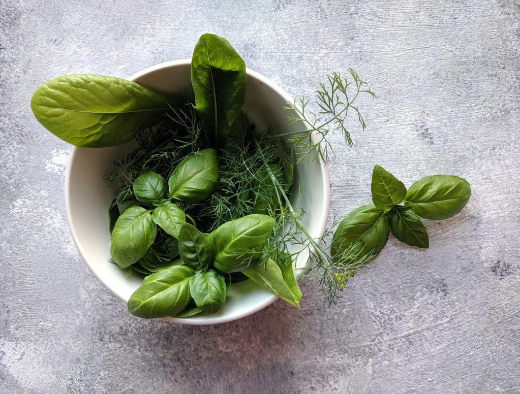 ¿Presión arterial alta? Estas hierbas y especias ayudan a regularla