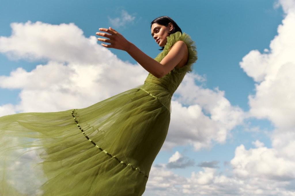 La nueva colección sostenible de H&M está hecha de residuos y es la más bonita del 202