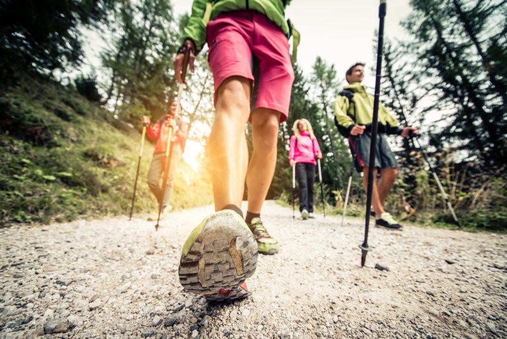 Marcha nórdica: el ejercicio obligado (y facilísimo) para este 2021