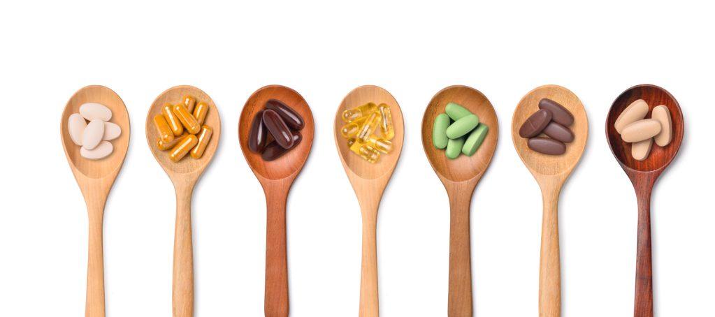 Estas son todas las vitaminas que debes consumir al día