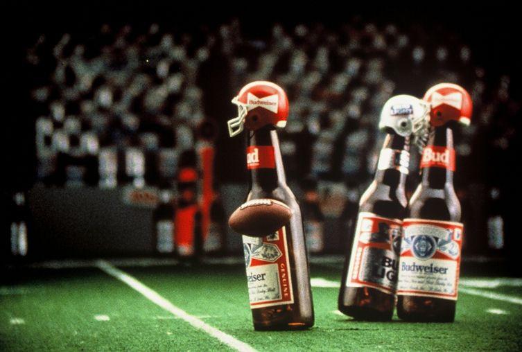 Budweiser cancela publicidad del Super Bowl para donar dinero a la lucha contra el Covid-19