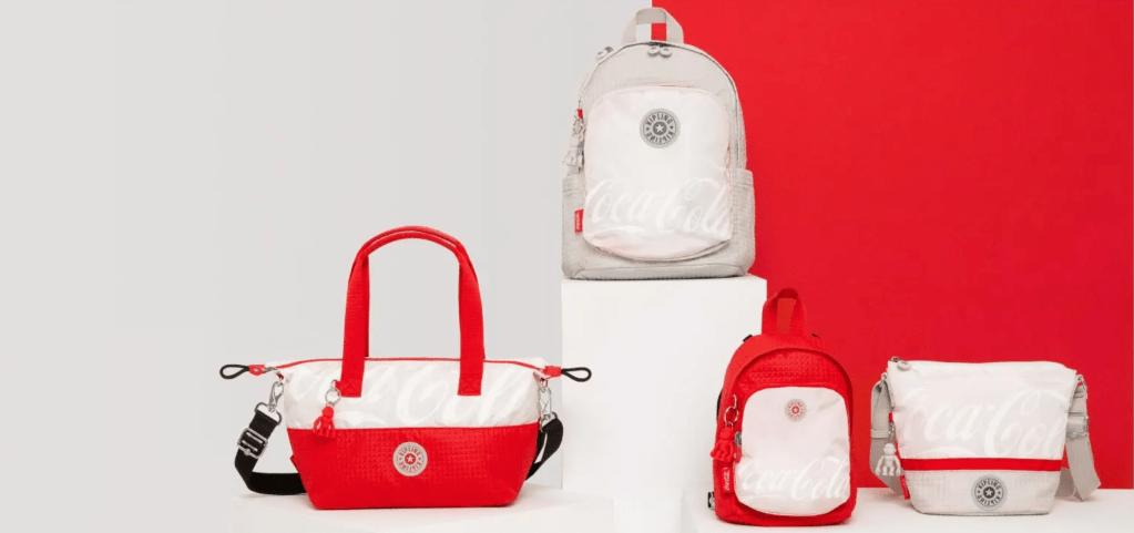 Kipling y Coca-Cola se alían para lanzar bolsos hechos de PET reciclado