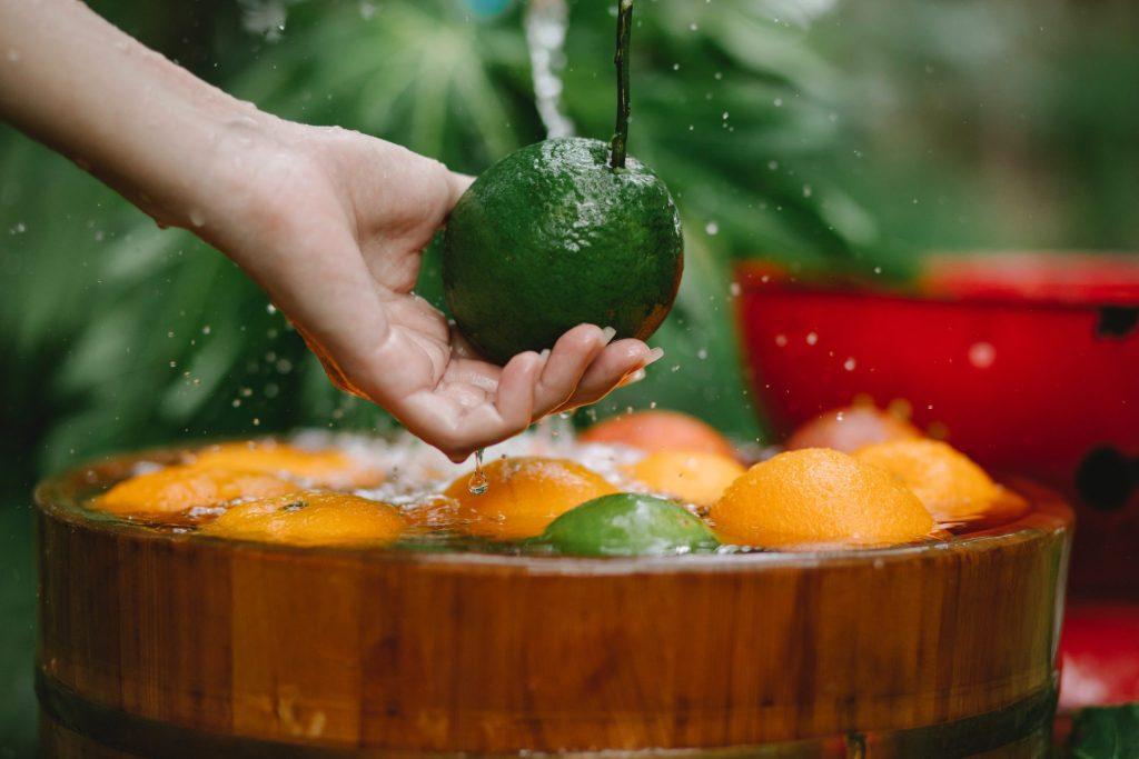 5 alimentos que no se deben lavar antes de cocinarlos