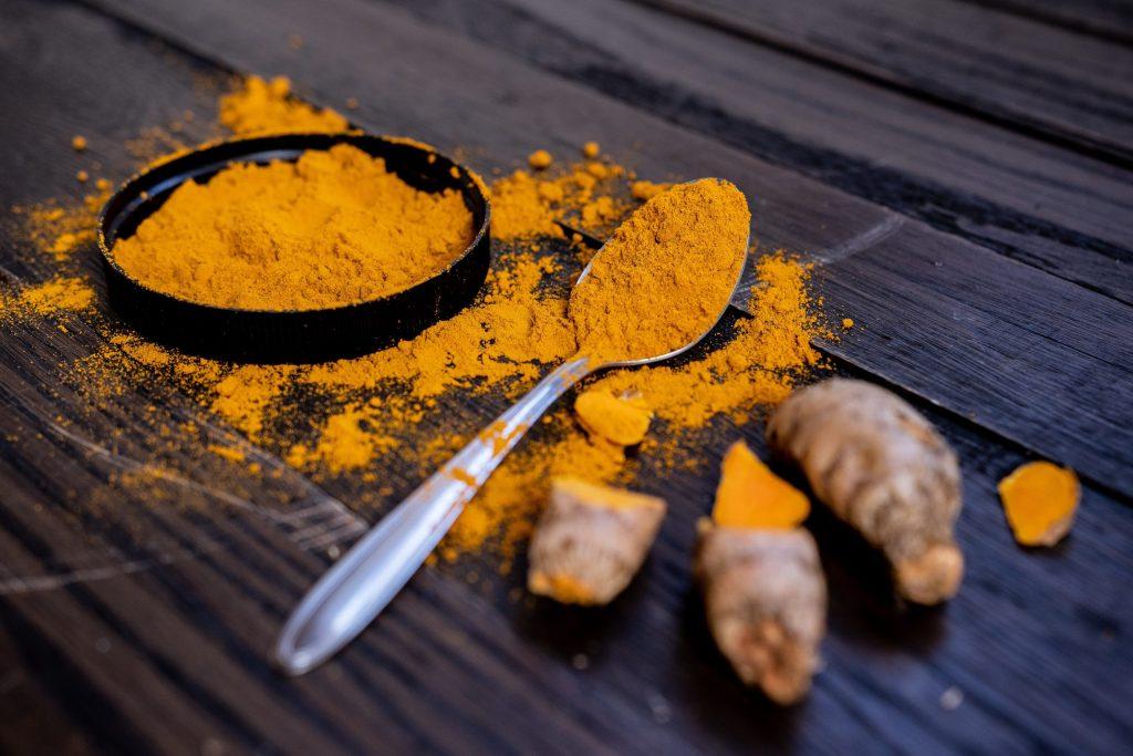 Estos son los beneficios de la cúrcuma para nuestra piel