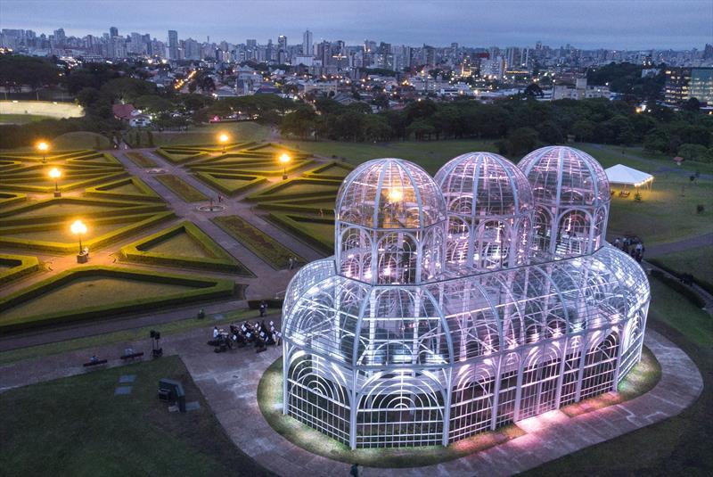 Las 10 construcciones de cristal más impresionantes del mundo
