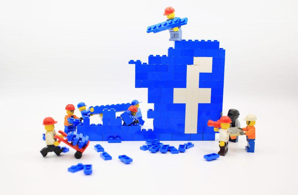 Facebook busca 40 estudiantes de LATAM para trabajar con ellos: ¿te animas?