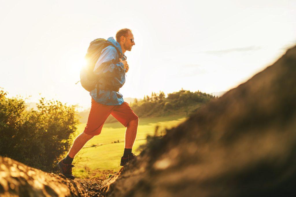 Senderismo o trekking: el deporte ligero con el que logras quemar hasta 700 calorías