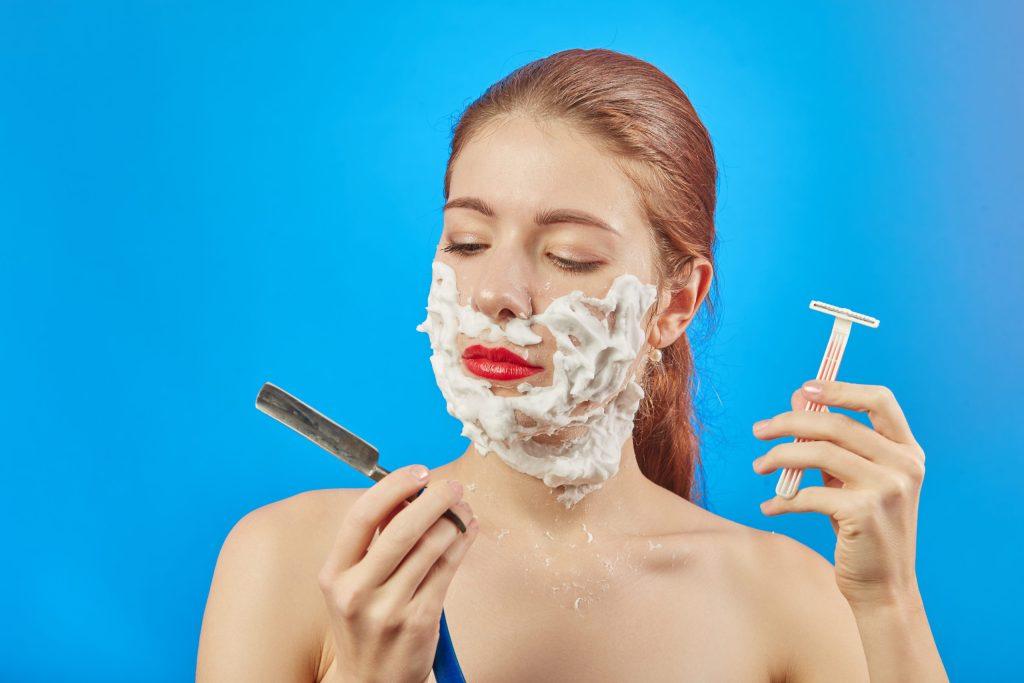El dermaplaning: la nueva manera de exfoliar la piel (con un bisturí)