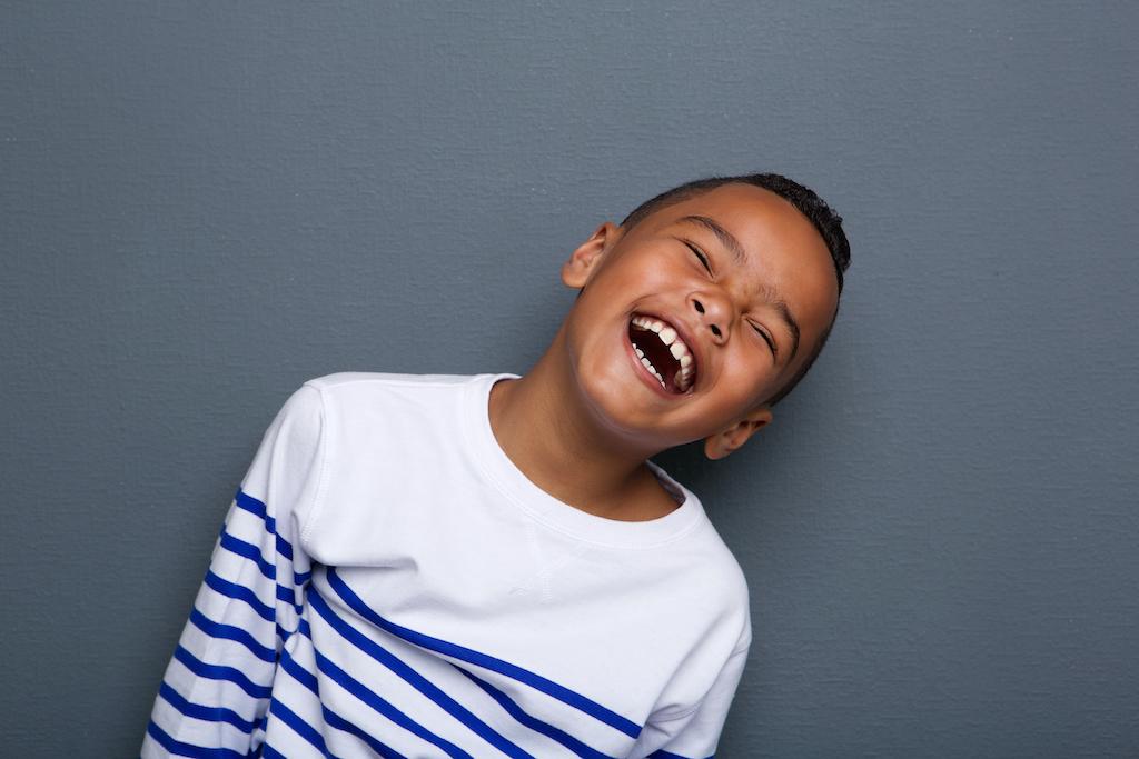 ¡Sonríe! Estas fotografías de Jay Weinstein nos muestran el poder transformador de una sonrisa