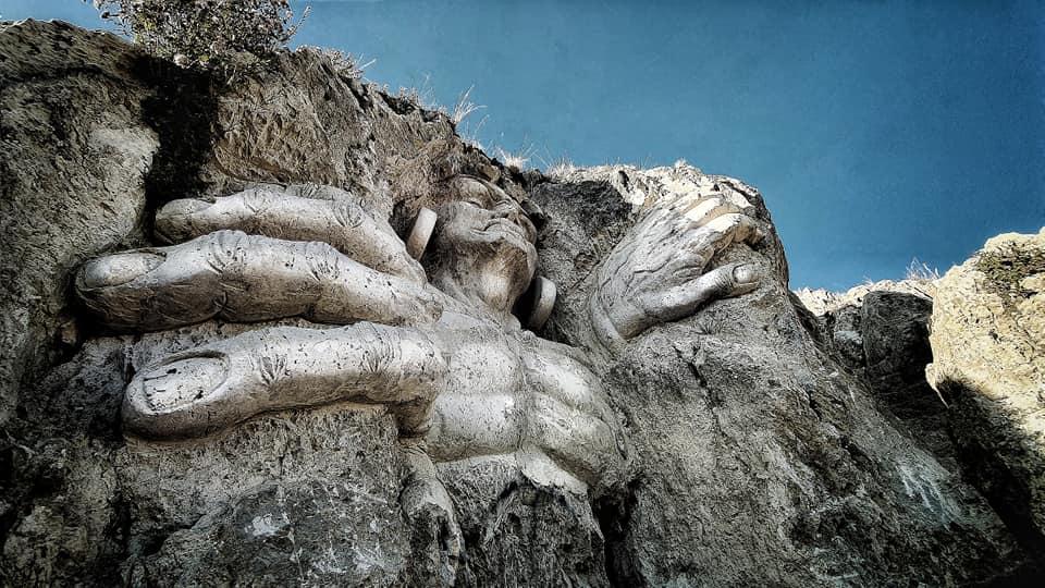 Este artista transformó las montañas de Perú en esculturas dignas de los dioses