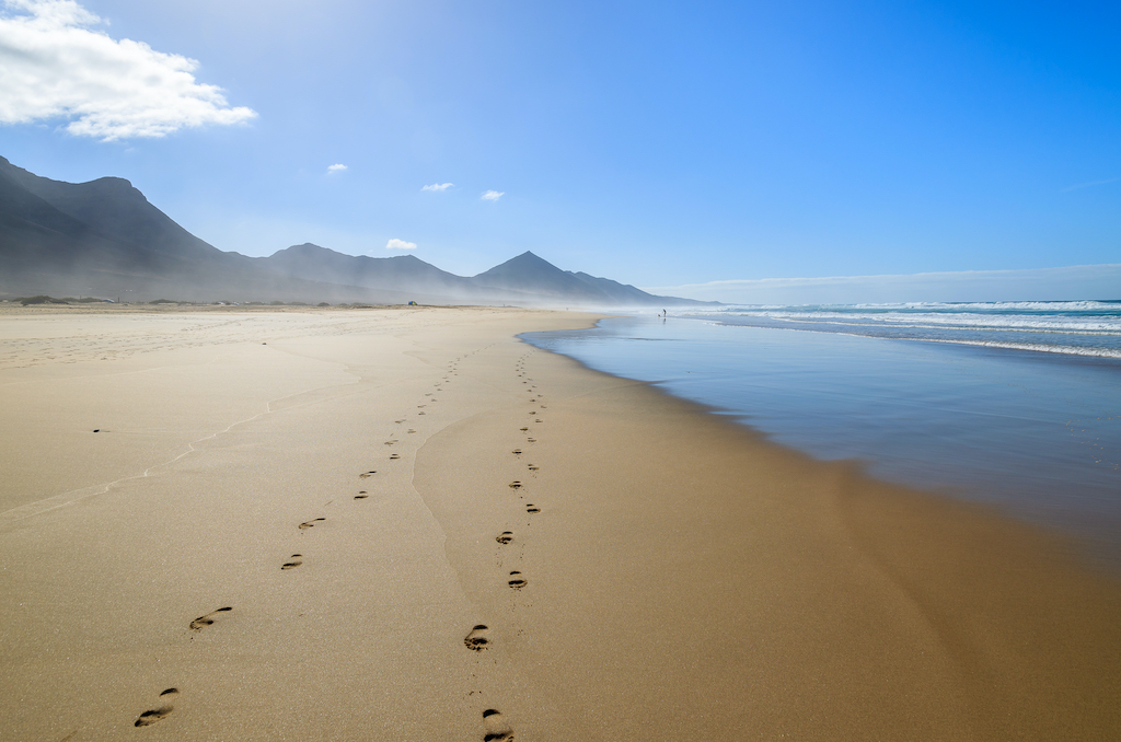 Playas españolas ¡en peligro por la contaminación! Ya han cerrado algunas