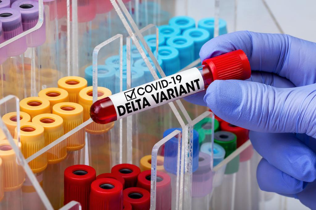 Variante Delta: ¿no es tan mala como la pintan? ¡Las vacunas son la clave!