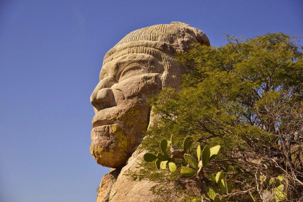La gran Cabeza Chichimeca: la escultura en piedra que pocos conocen, pero de la que todos hablan