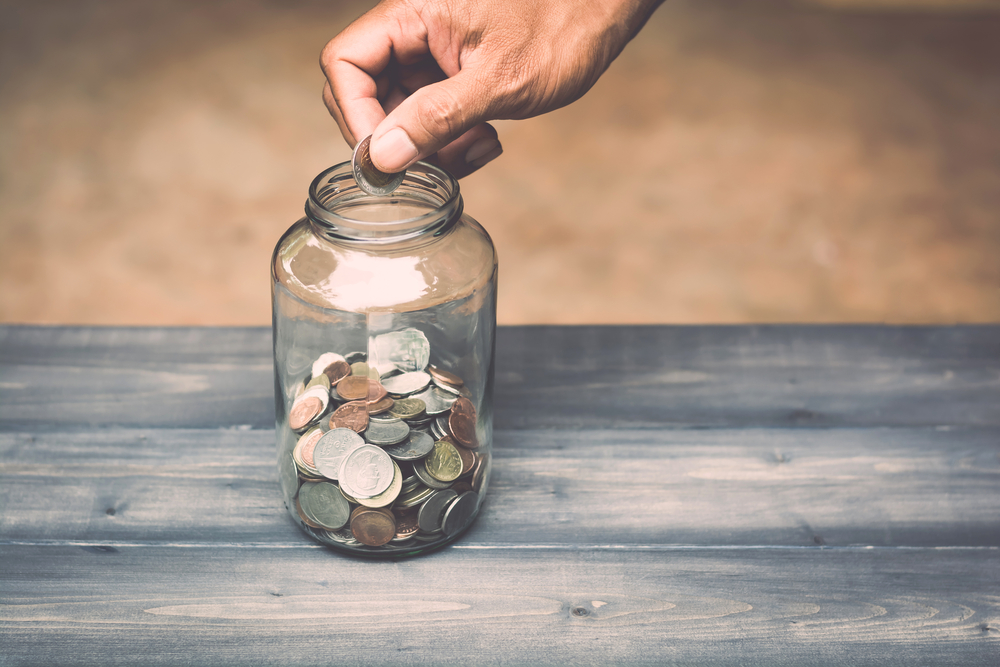 'Reto de la botella': el método que te hará ahorrar de 5 a 15 mil pesos en muy poco tiempo