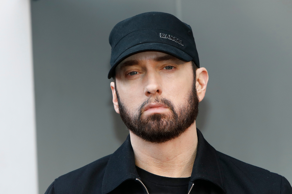 Eminem inaugura su primer restaurante de pastas veganas, ¡que él mismo atiende!