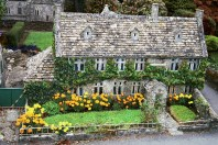 Bourton-on-the-water 2