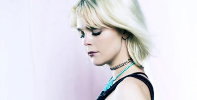 artist on the rise-hanne leland-indie music-new music-indie pop-norway-wolfinasuit-wolf in a suit