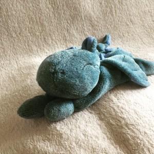 Kuschel-Drache blau - verkauf - zum lieb haben - Wolken Sternchen