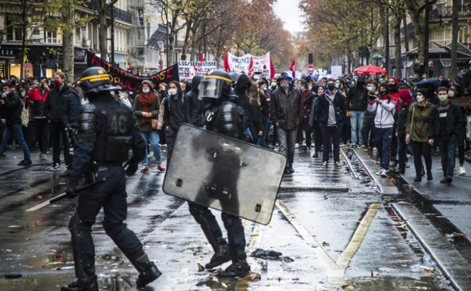 protesty lockdown