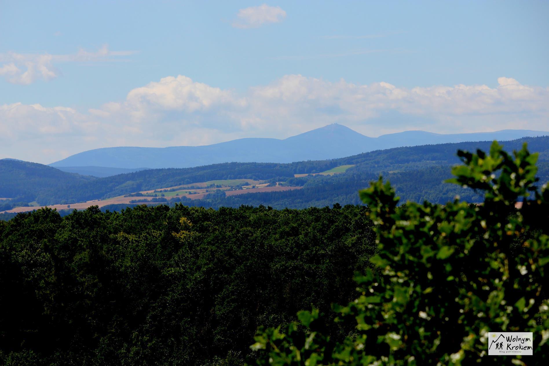 Punkt widokowy z wieży widokowej na górze Radogost